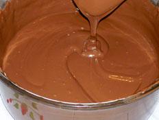 קערת שוקולד מומס