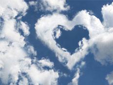 גבר ניו אייג'י-אמצעי מניעה-ענן בצורת לב