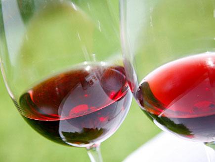 יין אדום(istockphoto)