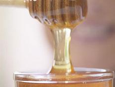 דבש- קלואז אפ כלי עם דבש