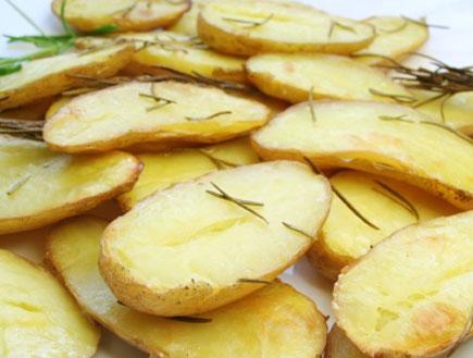 תפוחי אדמה בתנור (צילום: istockphoto)