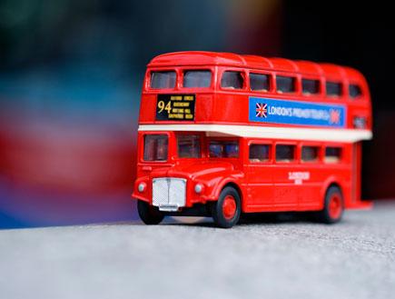אוטובוס קומותיים (צילום: jupiter images)