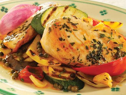 חזה עוף עם ירקות קלויים- בוקר צהריים ערב