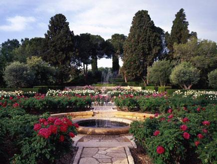 טיול בזיכרון יעקב: גן וורדים בפארק יד הנדיב