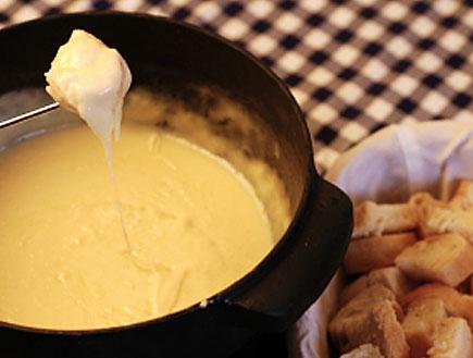 פונדו גבינות (צילום: istockphoto ,istockphoto)