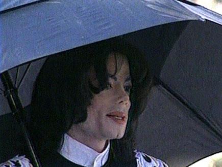 מייקל ג'קסון חוזר לבמה(חדשות 2)