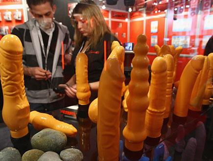 דילדו בפסטיבל סקס (צילום: Getty images ,getty images)