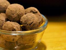 טראפלס מצות שוקולד בלגי של השף איל פינקלשטיין