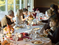 שולחן ארוחת החג