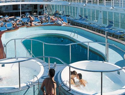 בריכת ספינת התענוגות הגולדן איריס