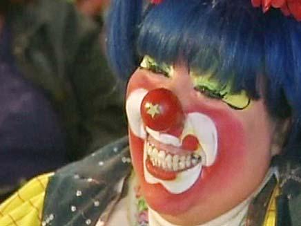 """לא מצחיק: ליצן שדד קשישה בארה""""ב. אילוסטרציה (צילום: חדשות 2)"""