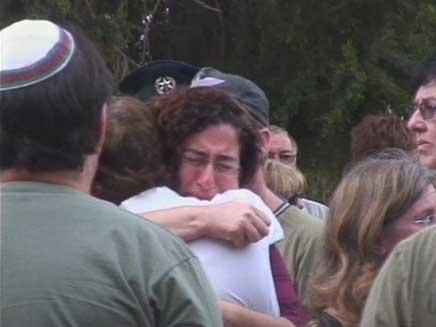 """הלווית המשפחה שנרצחה ע""""י האב (צילום: חדשות2)"""
