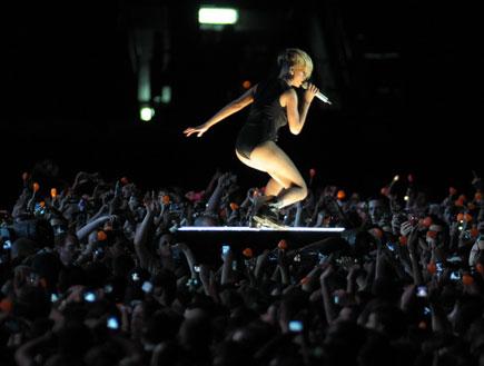 ריהאנה הופעה 30.5.2010