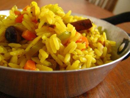 אורז עם פיצוחים (צילום: hemi_p ,ג'ימלאיה)