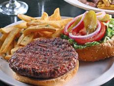 המבורגר עגל וכבש של מסעדת זינק