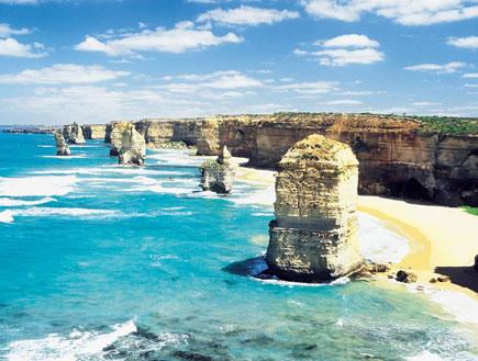 סלע בחוף הים באוסטרליה