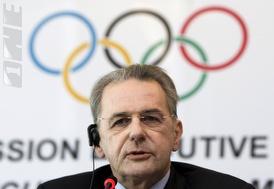 """יו""""ר הוועד האולימפי הבינלאומי, ז´אק רוג (רויטרס)(מערכת ONE)"""