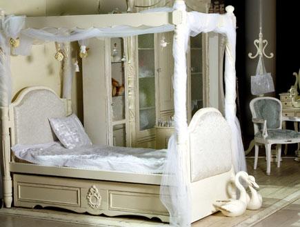 עיצוב חדרי ילדות מיטת נסיכות מבית קרן-ריהוט בוטיק
