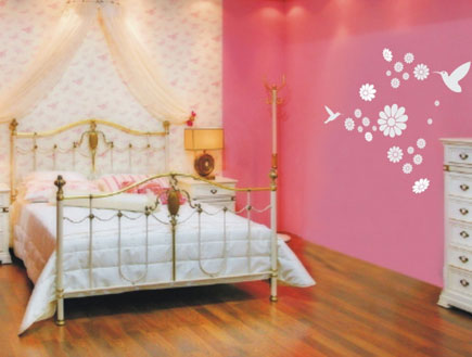 חדר בנות  מדבקות ציפורים  500 שקלים  עיצוב חדרי יל