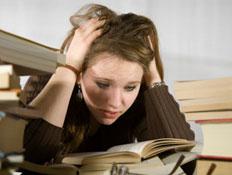 סטודנטית מתוסכלת (צילום: istockphoto)