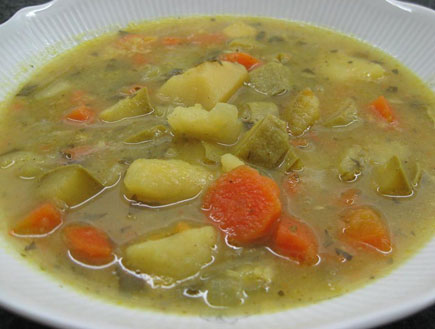 מרק ירקות עם המון ירקות (צילום: baronm10 ,אוכל מכל הלב)