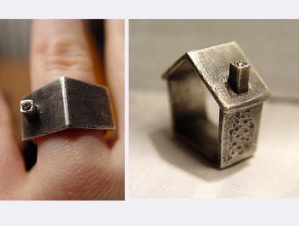 טבעת נישואים - בית