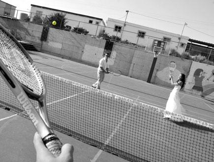 כלה מיכל וחתן דויד הרט משחקים טניס