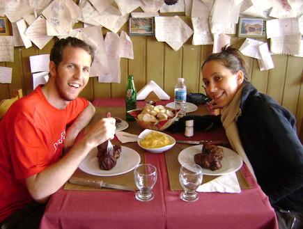 ליאת הופר במסעדת טוני ברילוצ'ה, ארגנטינה