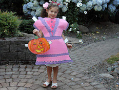 paper-doll-costume-craft-photo-350x255-hmann-13_rdax_65