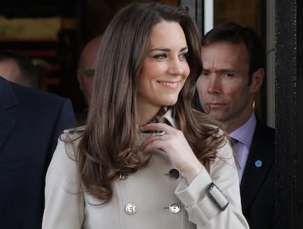 קייט מידלטון במעיל של ברברי (צילום: Getty images ,Getty images)
