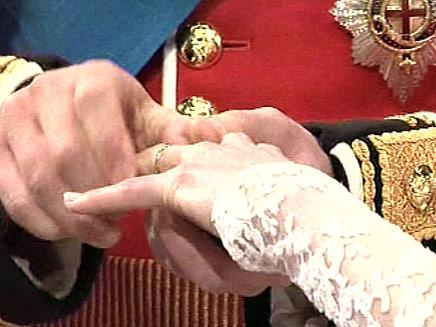 בטבעת זו. רגע השיא של החתונה (צילום: חדשות 2)