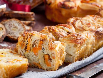 דלאל בטטה,אגוזי מלך ותערובת גבינות