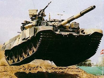טנק רוסי T-90