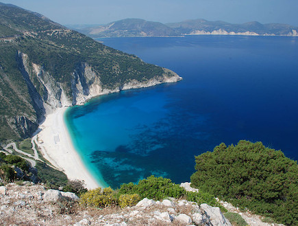חוף מירטוס, יוון