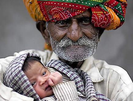 האבא הכי מבוגר בעולם