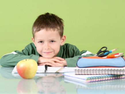 ילד עולה לכיתה א' (צילום: istockphoto)