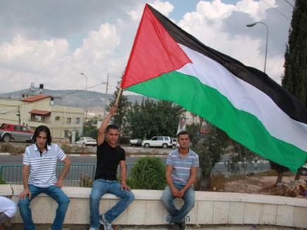 """אין פ""""א בערבית אז אין פלסטינים?"""