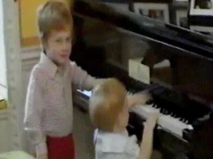 ויליאם והארי, מתוך הסרטון (צילום: חדשות 2)