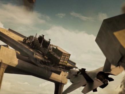 מת לחיות מטוס קרב (צילום: צילום מסך ,צילום מסך)