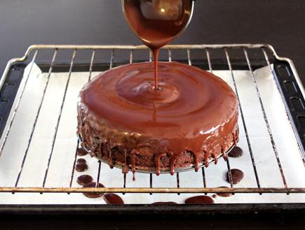 עוגה כושית עם סוכריות - שלב ראשון
