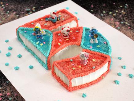 עוגת יומולדת - רמת קושי בינונית, מוכנה