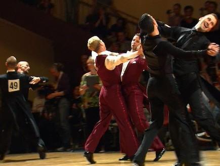 ריקודים סלוניים לגייז 4