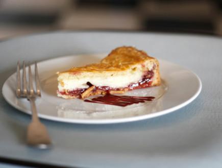 עוגה באסקית (צילום: אפיק גבאי ,אוכל טוב)