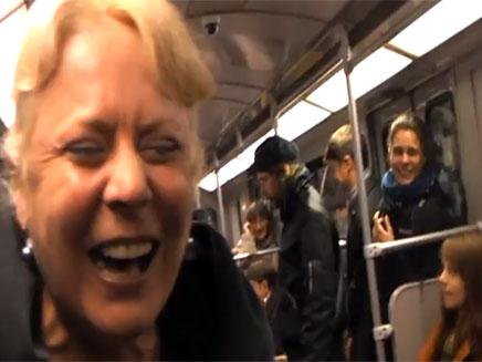 מה גרם לגרמנים לצחוק? (צילום: יוטיוב)