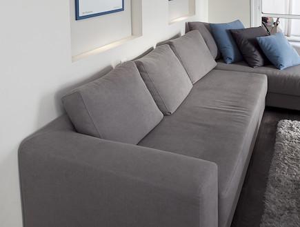 הספה בסלון אחרי שיפוץ - שרון דוד2 (צילום: שירן כרמל)