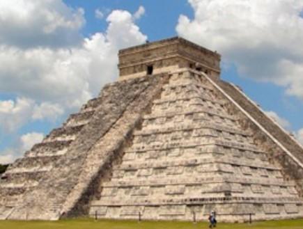 סוף העולם נדחה: לוח השנה של המאיה לא מסתיים ב-2012 (צילום: מתוך ויקיפדיה)