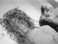 דוקו: אמנות המיתה