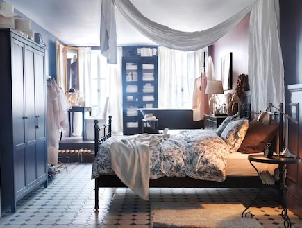 IKEA_HEMNES ארון בגדים עם 3 דלתות 2,450 שקלים SVELVIK מיטה זוגית 1