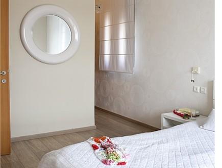 חדר שינה אחרי שיפוץ - ענת שמעוני זינגר (צילום: גלית דויטש)