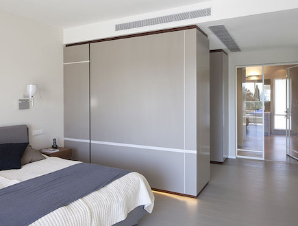 חדר השינה אחרי שיפוץ - ליאת דביר רותם1 (צילום: שי אפשטיין)